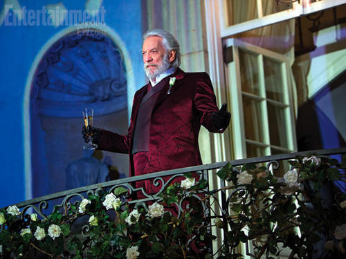 Entertainment Weekly President Coriolanus Snow Donald Sutherland Mansion Capitol Party